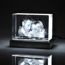 Glasblock mit Foto und Leuchtsockel